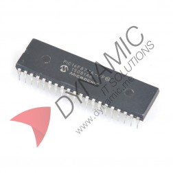 PIC16F877A Microcontroller Chip